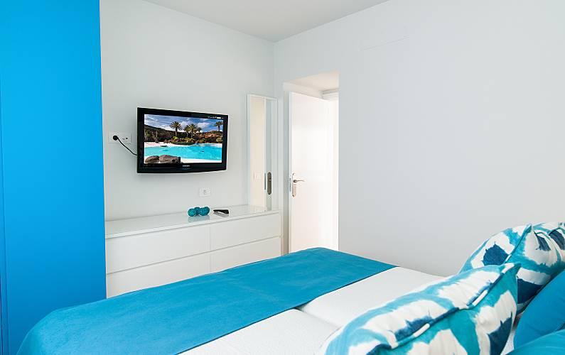 19 Bedroom Gran Canaria Las Palmas Apartment - Bedroom