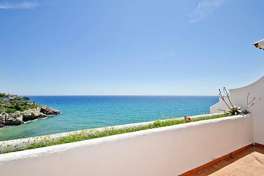 belle maison d 39 t avec piscine salou salou tarragone costa dorada. Black Bedroom Furniture Sets. Home Design Ideas