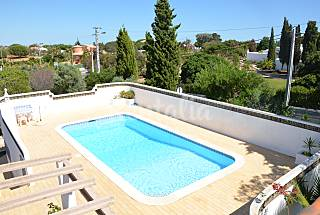 House for 6-8 people only 1500 meters from the beach Algarve-Faro