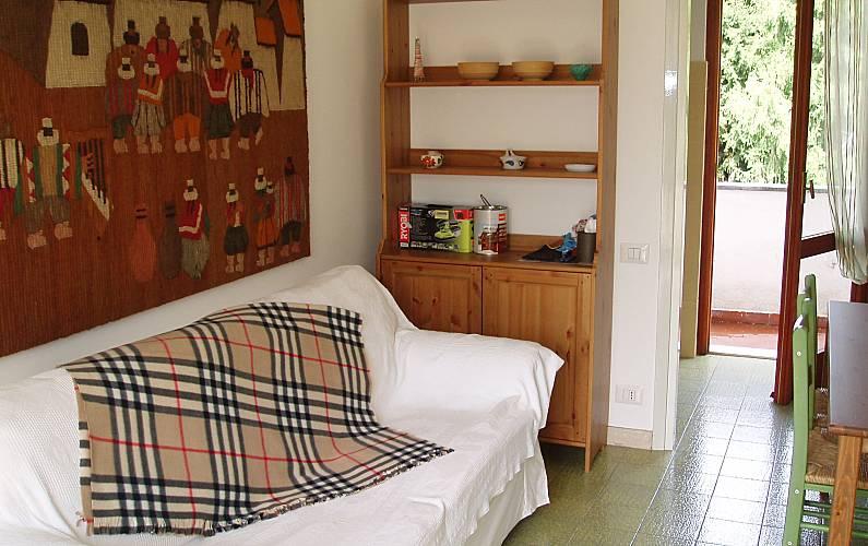 Appartamento per 2 3 persone piani di bobbio valtorta for Piani di progettazione appartamento seminterrato