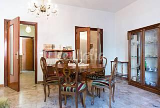 Apartamento para 4-5 personas a 90 m de la playa Pescara
