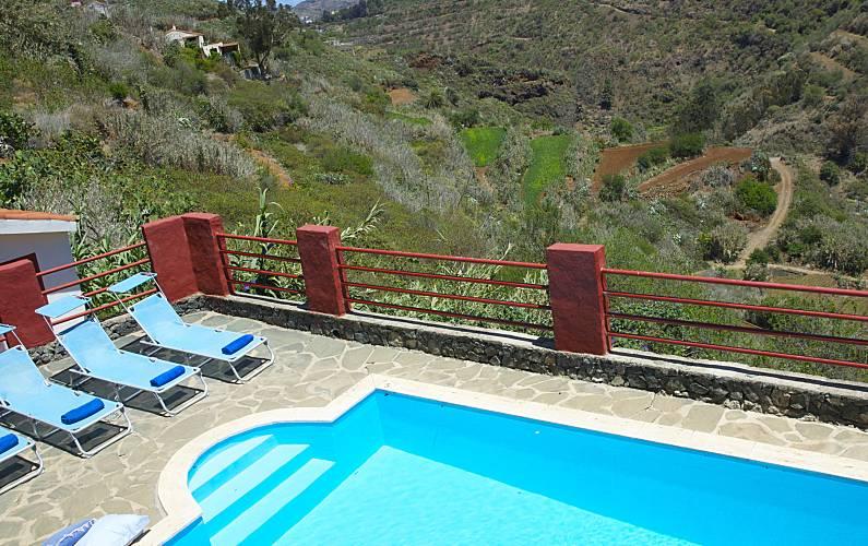 Casa para 6 8 personas con piscina la solana vega de san mateo gran canaria - Villas en gran canaria con piscina ...