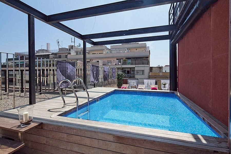 Vacation alojamiento reserva con my spacebarcelona for Piscina publica barcelona