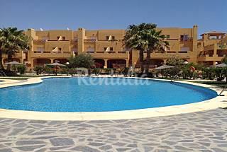 Casa 3 dormitorios a 400 m de playa Puerto Rey     Almería