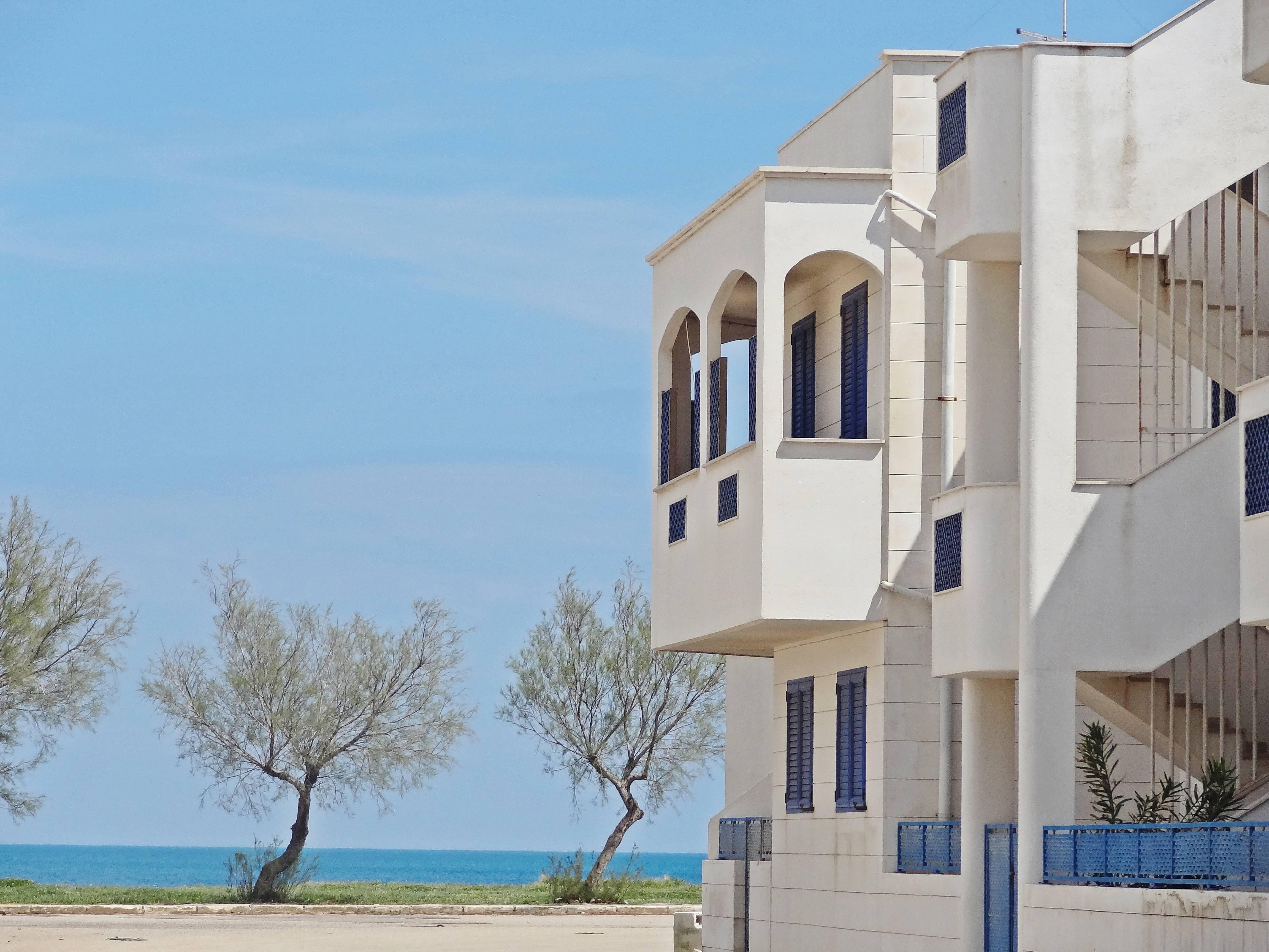 Appartamento in affitto a 50 m dalla spiaggia torre for Case in affitto a brindisi arredate