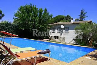 Villa for rent in Pelayos de la Presa Madrid