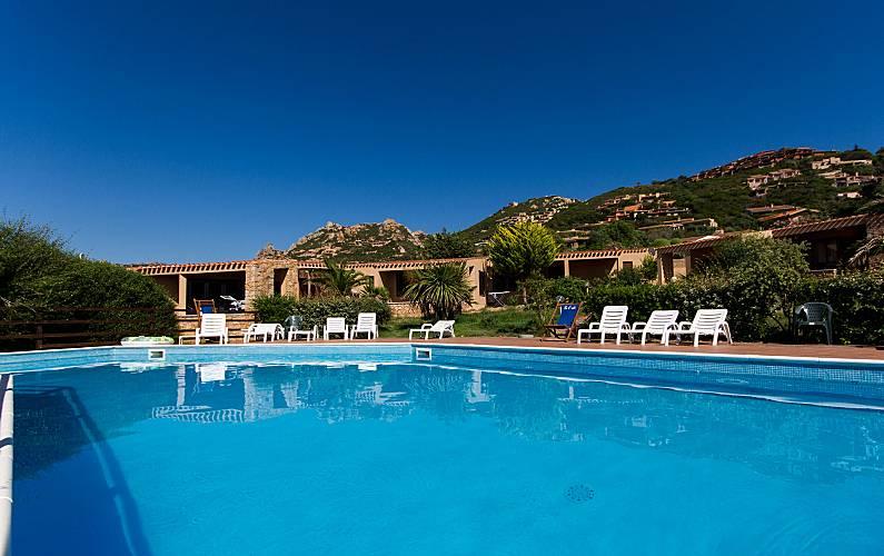 qualità superiore più popolare migliori prezzi Bilocale 4 le Baiette a 200 m dal mare e piscina - Costa Paradiso ...