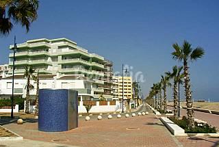 1ª linea, precioso frente al mar, vistas castillo Castellón