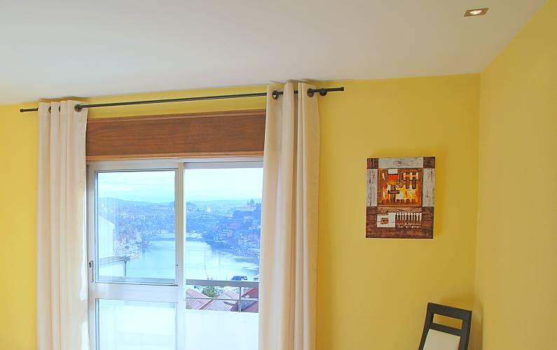 NiceView Bedroom Porto Vila Nova de Gaia Apartment - Bedroom