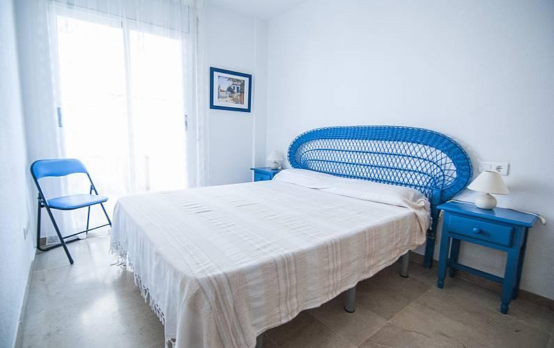Apartment Bedroom Tarragona Vandellòs i l'Hospitalet de l'Infant Apartment - Bedroom