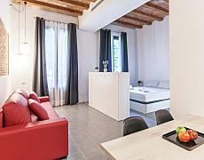 Suite deluxe con piscina zona centro Barcelona
