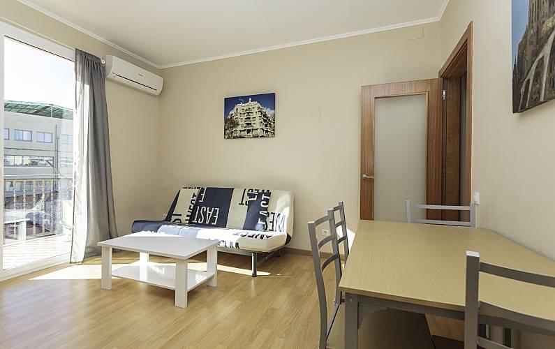 Sala Fumatori Aeroporto Barcellona : Appartamento in affitto nel centro di barcellona barcellona