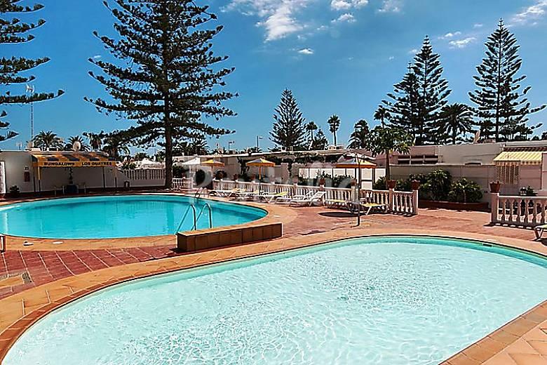 Casa en alquiler con piscina san fernando san bartolom for Piscina san fernando