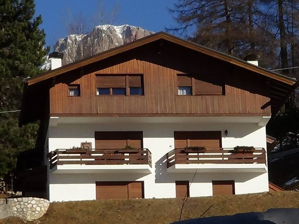 Appartement pour 8 10 personnes cortina d 39 ampezzo for Affitto chalet cortina