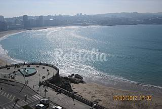 Apartment for rent on the beach front line A Coruña