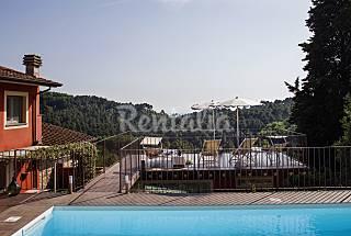 Villa con 4 stanze a 15 km dalla spiaggia Lucca