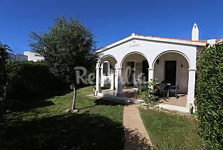 Preciosa casa con jardín privado en la playa :) Menorca