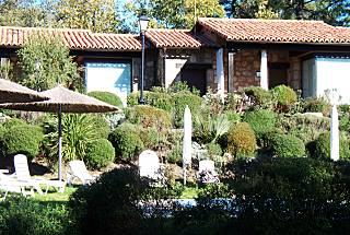 Alquiler vacaciones apartamentos y casas rurales en for Casas rurales en caceres con piscina