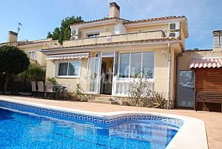 Gran oferta julio!!! a 100 m de la playa Tarragona