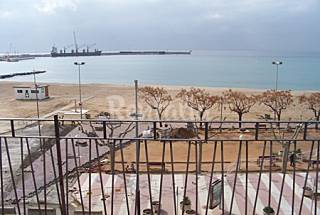Apartamento para 4 personas en 1a línea de playa Girona/Gerona