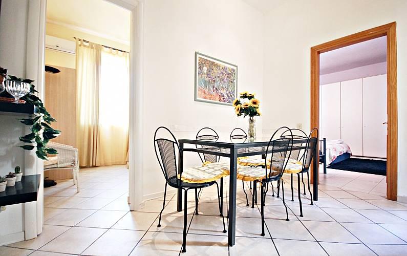 Hermoso 2 habitaciones 5 min basilica de san pedro roma for Comedor 505 san pedro