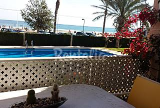 Apartment for 6-7 people on the beach front line Alicante