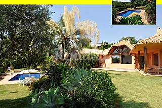 villa with views and swimming pool  1,5km from  Alicante