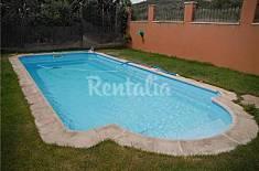Apartment for 12 people in Humanes Guadalajara