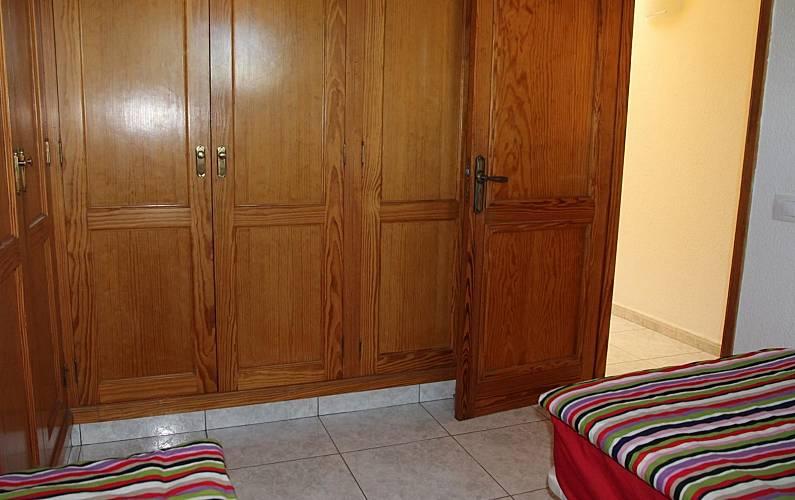 Refurbished Bedroom Gran Canaria San Bartolomé de Tirajana Apartment - Bedroom