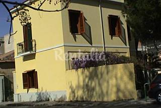 2 Apartamentos para 4-6 personas a 30 m de la playa Cosenza