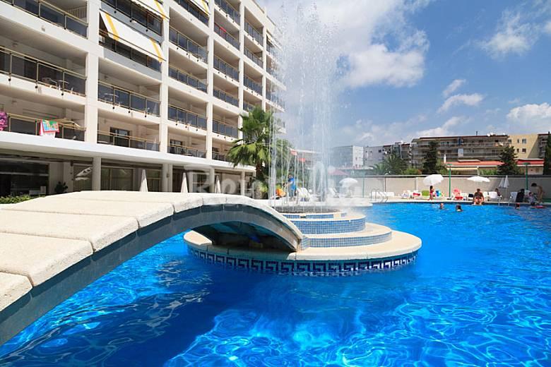 Bonito apartamento muy cerca de la playa salou for Apartamentos jardin playa larga tarragona
