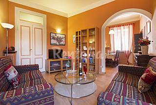 Apartamento para alugar a 100 m da praia Novara