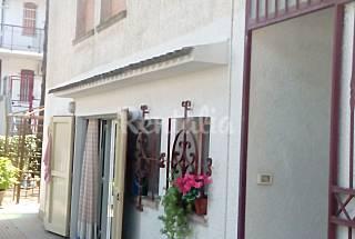 Casa per 5-7 persone a 200 m dalla spiaggia Ferrara