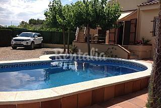 House with 3 bedrooms only 150 meters from the beach Tarragona