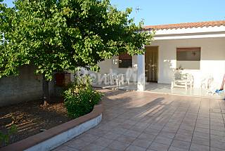 Villa with 2 bedrooms only 450 meters from the beach Taranto
