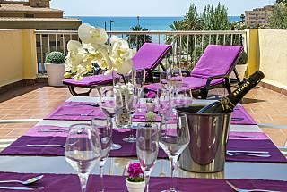 Ático en el centro con gran terraza y vistas. Castellón