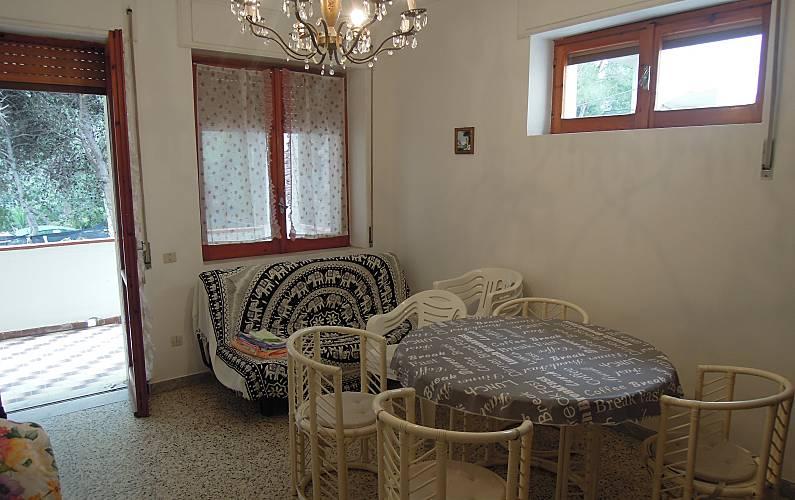 In Salotto Salerno.Appartamento Per 8 10 Persone A 30 M Dalla Spiaggia