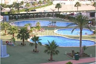 2 dormitorios, 2 baños, 2 terrazas, 3 piscinas Alicante