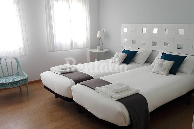 Piso de 2 habitaciones en sevilla centro wifi sevilla for Pisos vacacionales sevilla