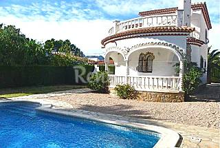 Villa with 3 bedrooms only 1200 meters from the beach Tarragona