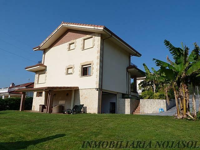 Casa individual con 800m2 de jardin san mames for Jardin 800m2