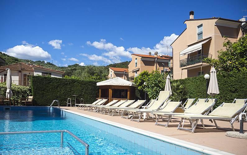 Appartamenti in affitto a 900 m dalla spiaggia Savona