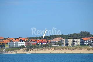 A 50 m. de la playa, con terraza y vistas al mar. Cantabria