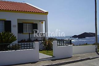 Economic house only 150 meters from the beach São Miguel Island