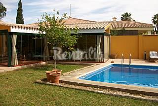 Independent villa in luxury neighborhood Cádiz