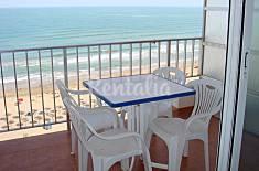 Apartamento para 2-5 personas en 1a línea de playa Valencia