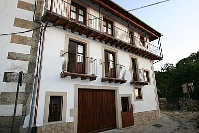 2 Casas Rurales Las Puentes de Candelario Salamanca