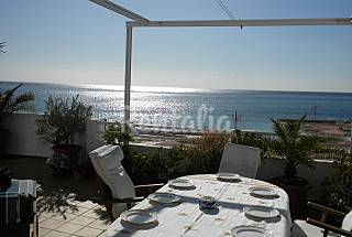 House for rent on the beach front line Almería