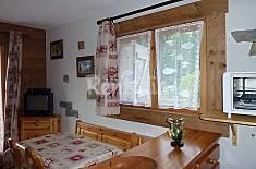 Apartment for 4 people in Les Villards-Sur-Thones Upper Savoy
