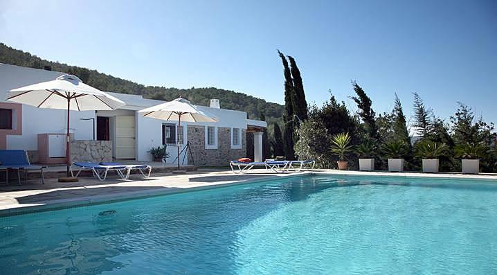 Casa payesa con piscina en sant miquel et 0383 e sant for Piscinas naturales horta de sant joan